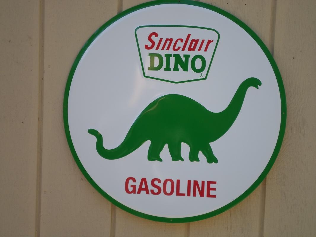 OUR LARGEST SINCLAIR DINOSAUER GAS & OIL SIGN - LOW SHIPPING COST