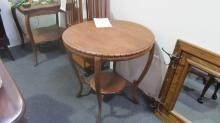 American Oak Parlor Table (Round with Gadrooning)