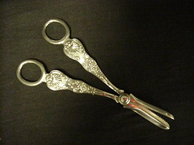 Queens Pattern Grape Shears