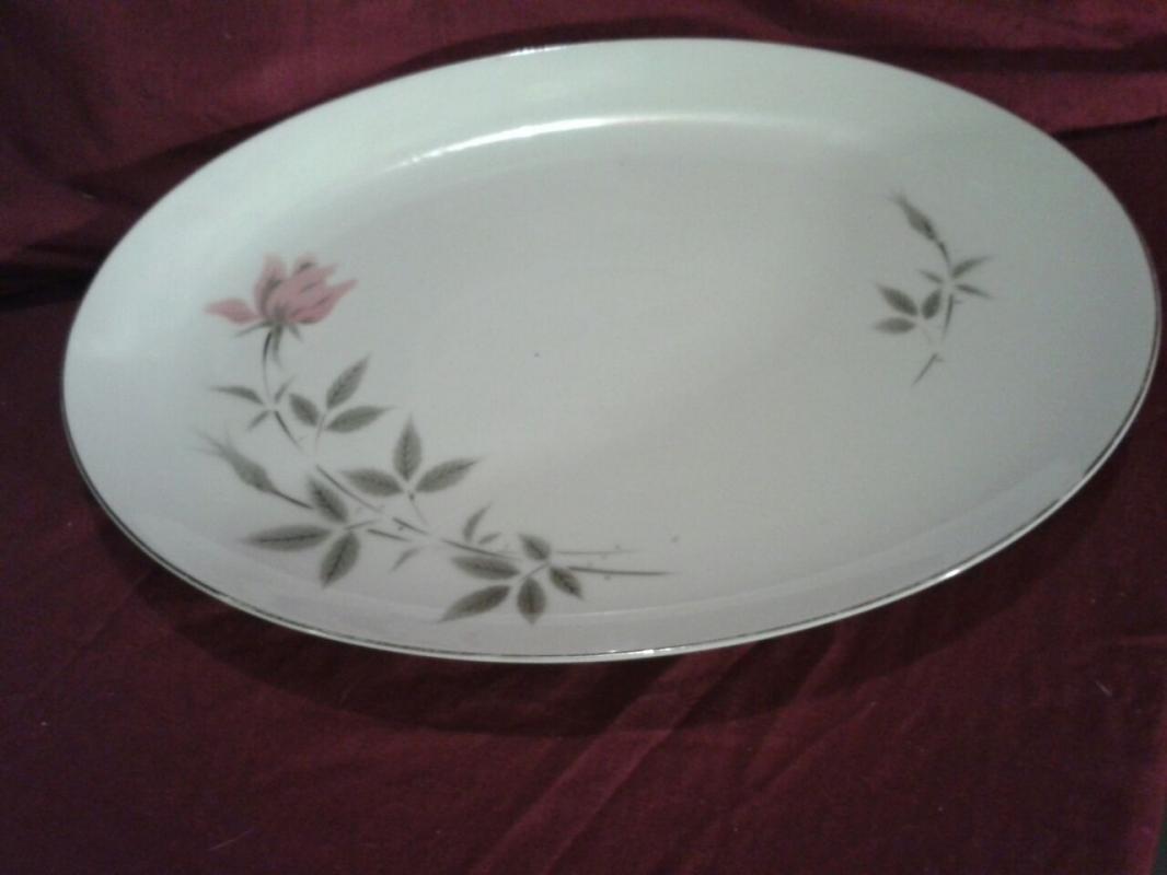 92 pieces, Classic dinnerware, Fukagawa Rosetta