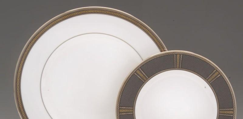 Set of 12 Lenox Dinner Plates