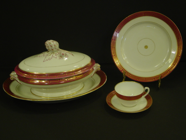 Set of Old Paris Porcelain Dinner Service