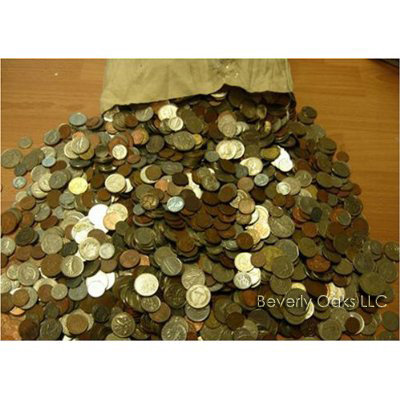 Over 1050 Foreign  Coins Lot