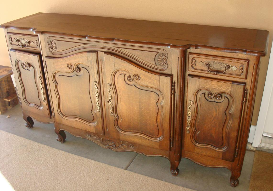 Antique 18th Century Louis XV Style French Oak Wood Buffet Handcarved
