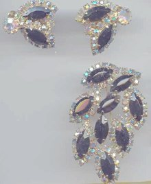 SALE Weiss Gigantic Pin and Earring