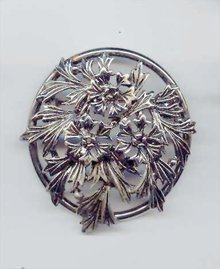SALE Judy Lee Large Brooch.