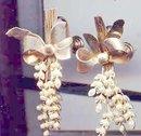 SALE Wild simulated seed pearl earrings