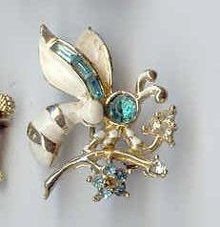 SALE Bee Pin by Coro