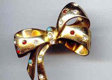 SALE Vintage Coro  Bow Pin