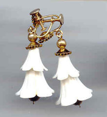 SALE Vintage Bell Shape Drop earrings