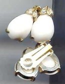 SALE White Milk glass Earring