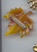 SALE Avon Signed Leaf Pin