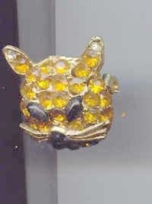 SALE Cat Head Pin Rhinestone