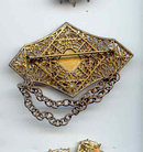 SALE Cameo Pin Vintage