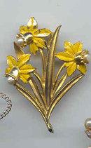 SALE Signed Emerald  Daffodils Pin