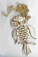 SALE Huge collectable  Wise Owl Necklace