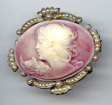 SALE Wonderful Cameo with simulated pearls