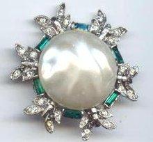 SALE Elegant Vintage Simulated Pearl, Rhinestone, PIN