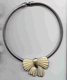 SALE Trifari  Bow Necklace