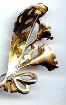 SALE Elegant Vintage Flower Pin