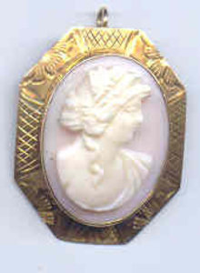 14kt Vintage Cameo Pin