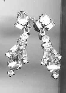 Weiss Rhinestone earrings