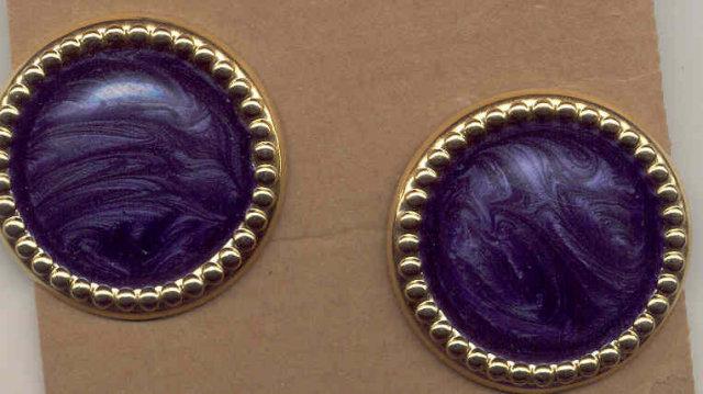 Button Pierced Earrings