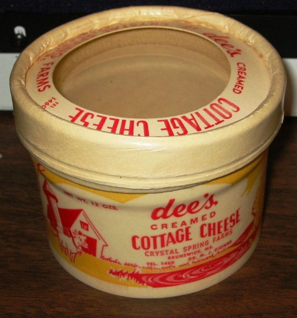 Dee's Cottage Cheese Container