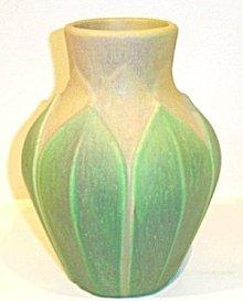 Roseville Early Velmoss Vase