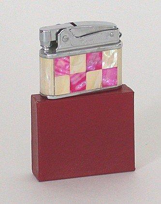 Pigeon Japan Lighter - Art Deco