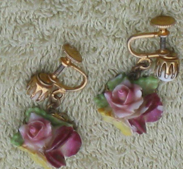 Coro Ceramic Screwback Earrings