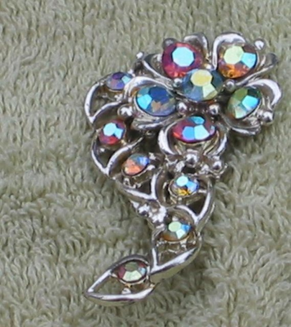 Crystal Pin brooch