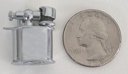 TINY CHROME LIGHTER / VINTAGE PEE WEE TOBACCO