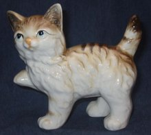 Old vintage Playful Cat Statue Figurine