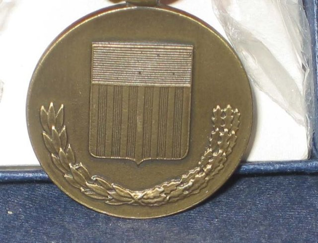 old vintage NATIONAL DEFENSE COIN on ribbon IN BOX