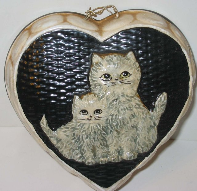 VINTAGE CAT PLAQUE ~ HEART KITTEN COUNTRY SIGN