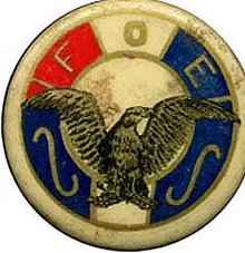 VINTAGE FRATERNAL PINBACK  ~ FOE ~ FRATERNAL ORDER OF EAGLES PIN