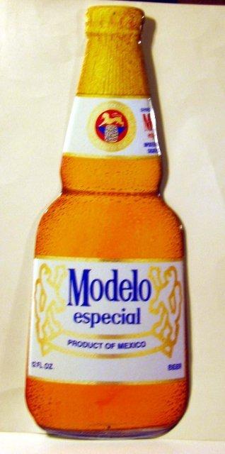 Modelo Beer Sign - metal
