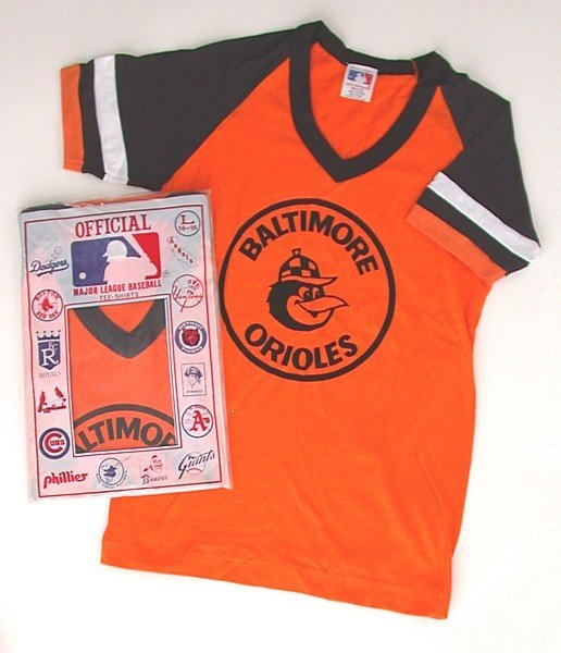 VINTAGE BASEBALL SHIRT * BALTIMORE ORIOLES TOP