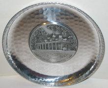 MT. VERNON PLATE * OLD VINTAGE HAMMERED TIN