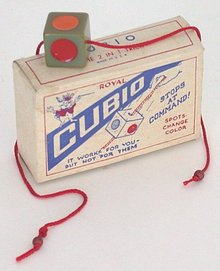 VINTAGE ROYAL CUBIO MAGIC TRICK IN BOX 1945