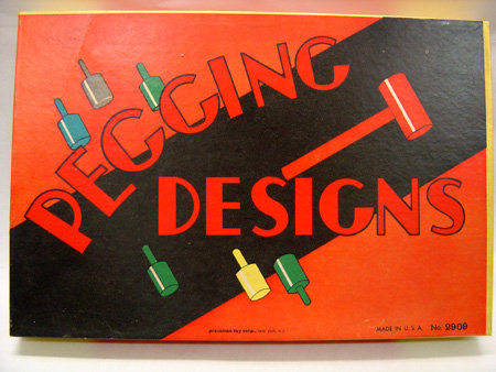 VINTAGE WOOD PEGGING DESIGNS BOARD GAME 1940S