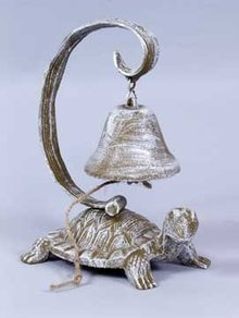 CAST IRON TURTLE DINNER BELL