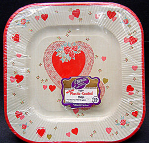 VINTAGE VALENTINES DAY PAPER PLATES