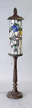 BUTTERFLY BIRD LEAD GLASS SHADE LAMP / NEW