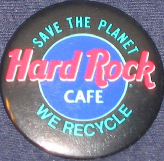 VINTAGE HARD ROCK CAFE PINBACK PIN RECYCLE