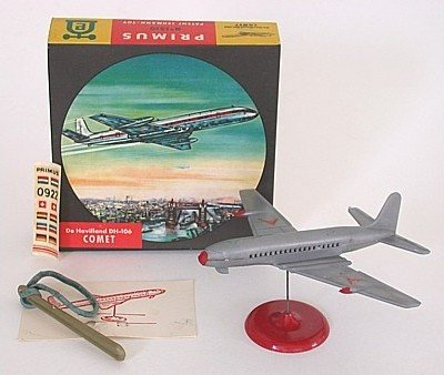 VINTAGE DE HAVILLAND DH-106 COMET AIRPLANE TOY