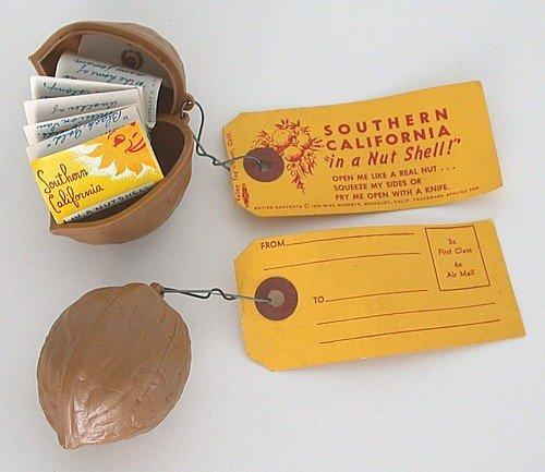 California Nutshell Souvenir keychain