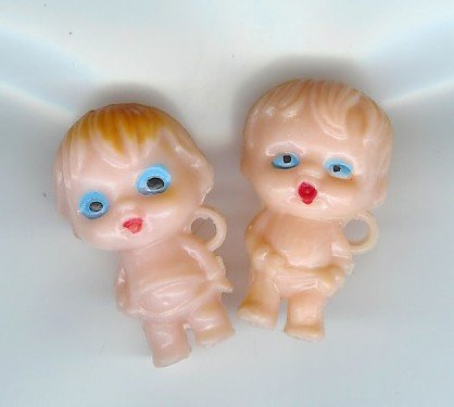 2 VINTAGE PLASTIC 1950S BABY CHARMS TOYS CHARM