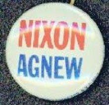 VINTAGE 1960S NIXON AGNEW PINBACK PIN BUTTON